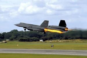 L'énergie mise en jeu lors d'une réaction peut être utilisée, comme ici dans la propulsion des avions.